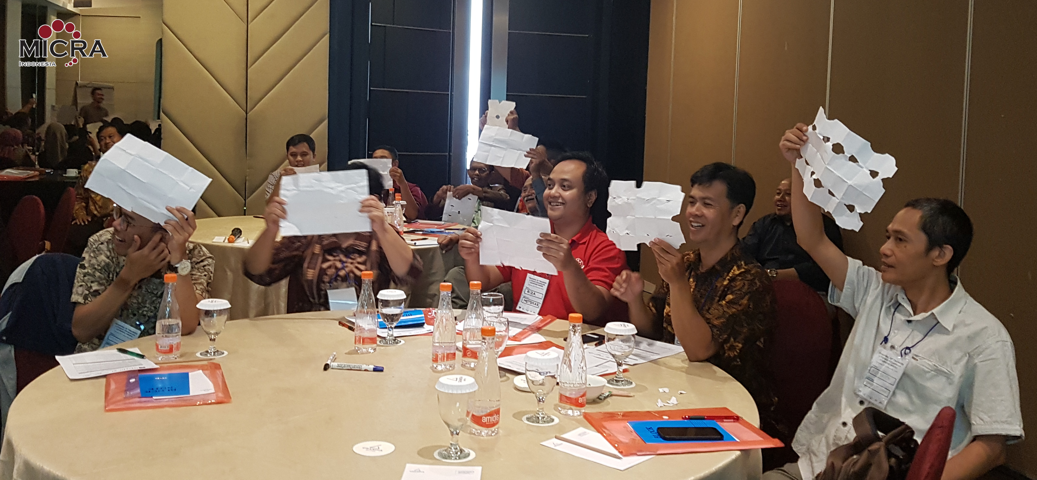Participants of ToT Bandung learn training materials thru games